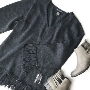 NWT. SARAH SPENCER 1x Merino Wool Fringe Sweater!